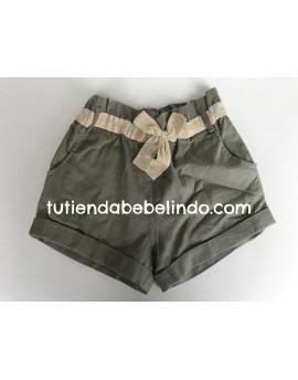 Pantalón corto niña verde
